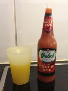 bierglaskaars_en_brandende_fles